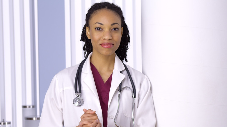 dating for female doctors Dating a female doctor was wondering if anyone (a non-doctor) had the experience of dating a female doctor or even marrying one would appreciate if you could share how both of you could compromise each other in terms of schedule and so forth.