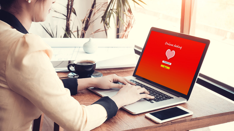 Should i use online dating in Australia