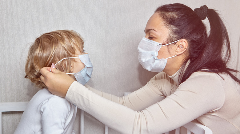 Wearing Face Masks At Home May Reduce COVID-19 Spread
