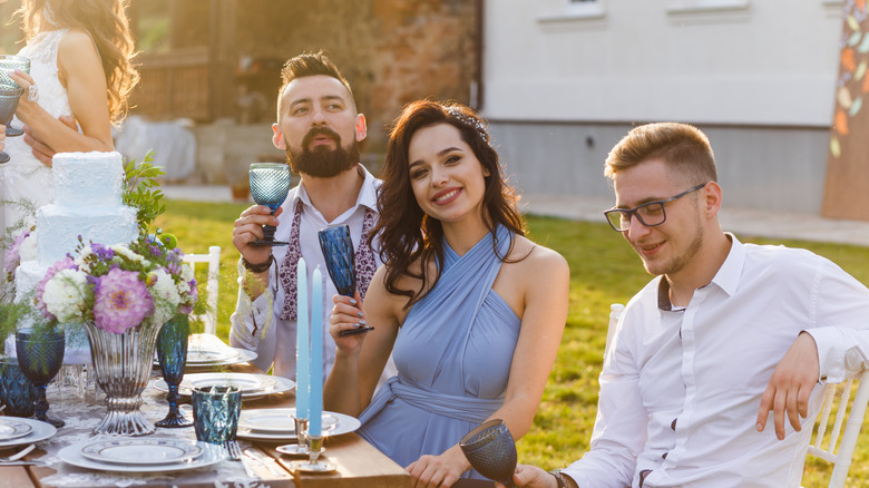 Things you should and shouldn't do at a wedding