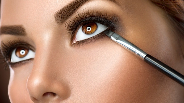 f555dfb0e58 Beauty hacks for stunning eyes that all women should know