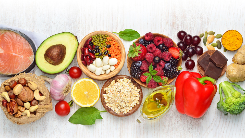 An array of heart healthy foods