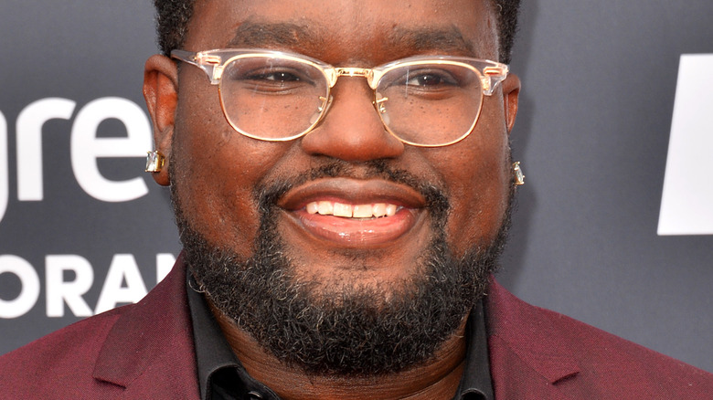 Lil Rel Howery smiling