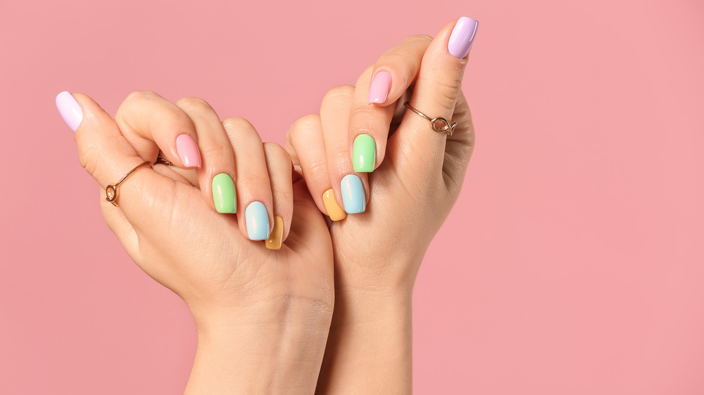 Pastel painted nails