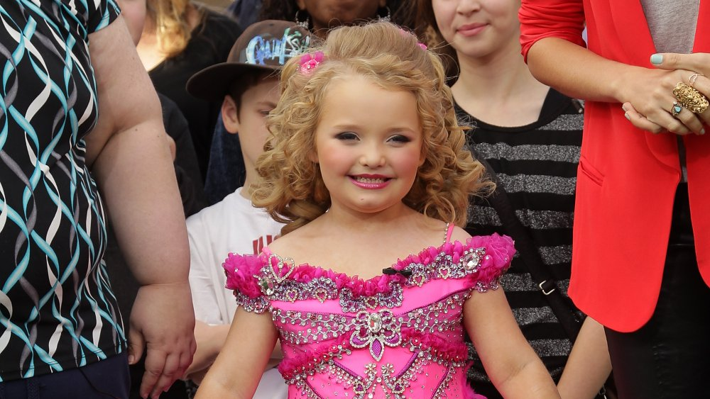 """Alana """"Honey Boo Boo"""" Thompson dressed up for a pageant"""