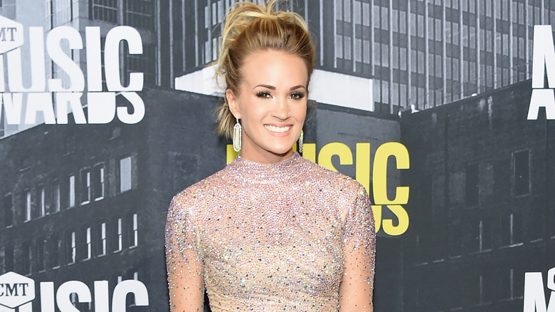 70e8ac73069f4 How Carrie Underwood transformed her body since American Idol
