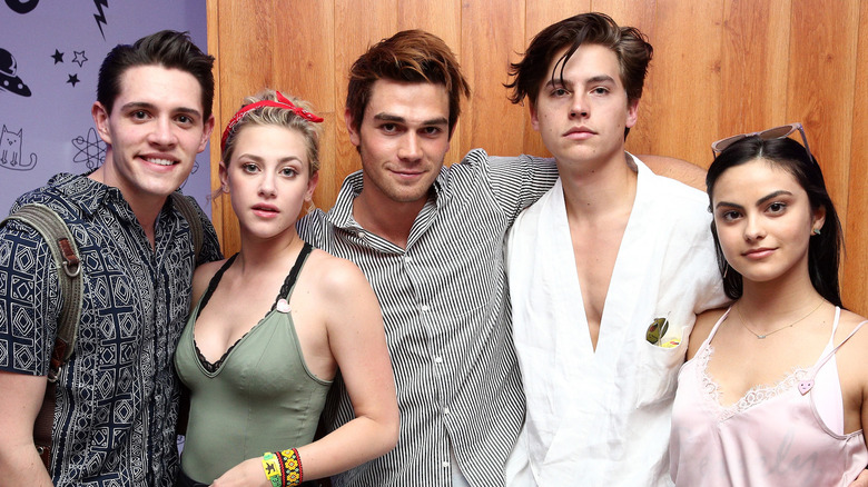 How old the cast of riverdale really is riverdale cast ages m4hsunfo