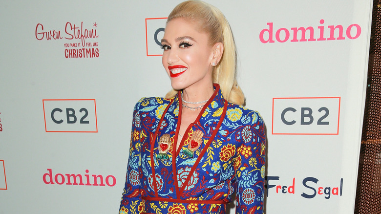 fashion trends floral print Gwen Stefani