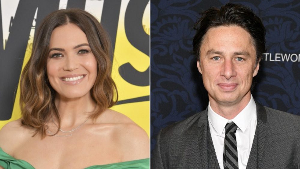 Mandy Moore and Zach Braff smiling