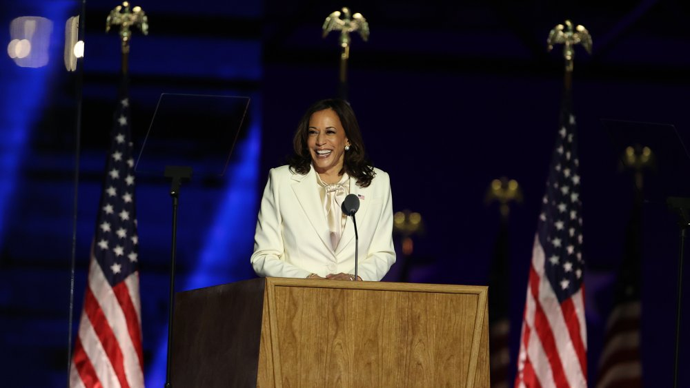 Kamala Harris seems to deliver a victory speech one-liner to Trump