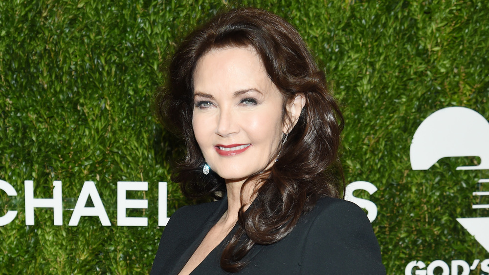 Lynda Carter poses at event