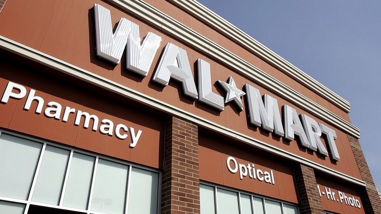 Read this before stepping foot into Walmart again