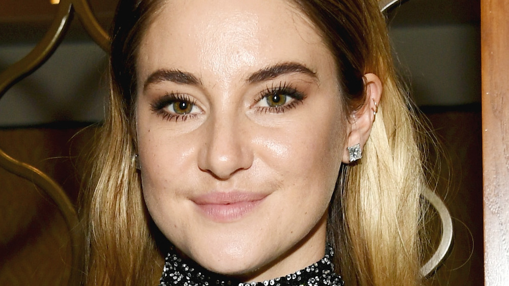 Shailene Woodley poses at an event