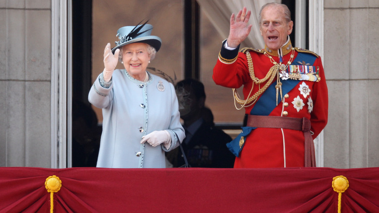 Strange Things We All Ignore About The Queen's Marriage
