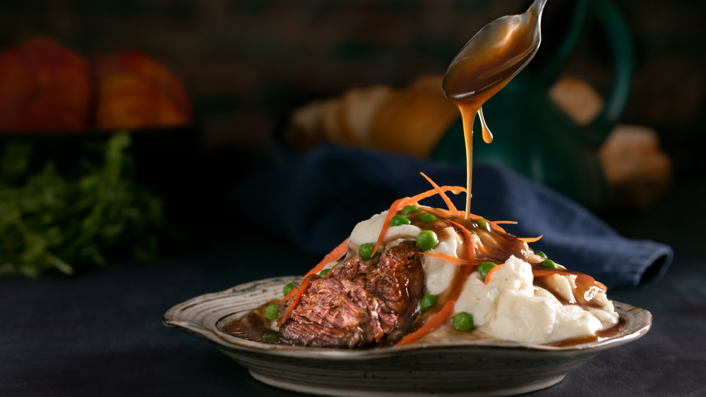Pot roast with mashed potatoes and gravy