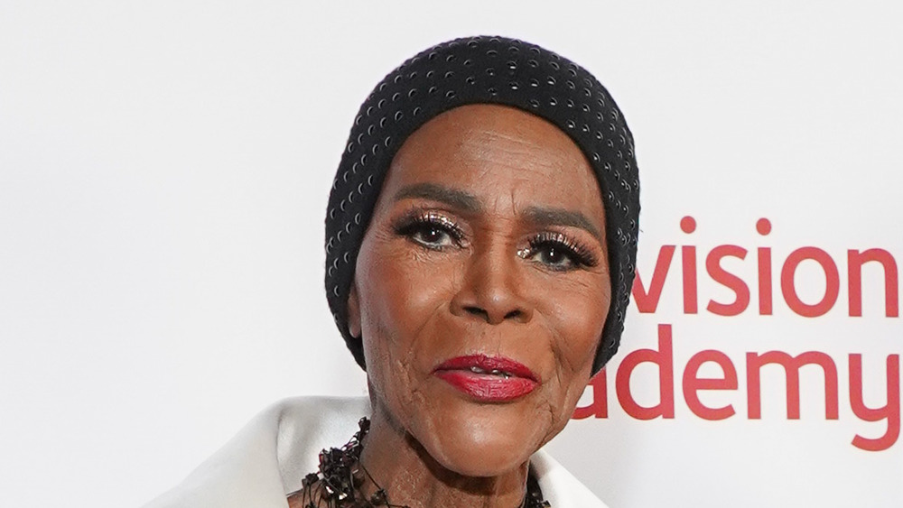 Cicely Tyson at an event, wearing hat