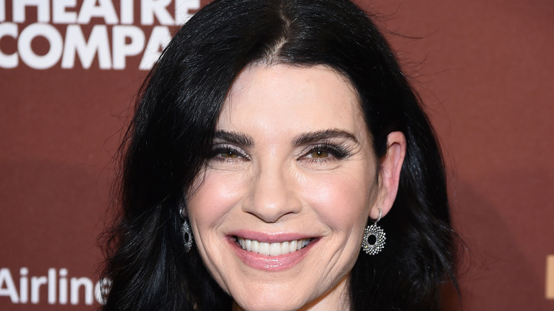 Julianna Margulies at event