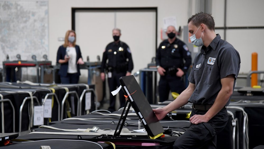 Mail-in ballot counting in Nevada