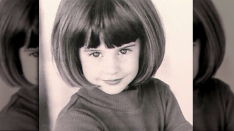 young Shailene Woodley's headshot