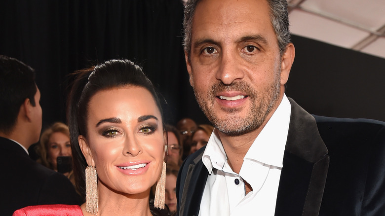 Kyle Richards and Mauricio Umansky at event