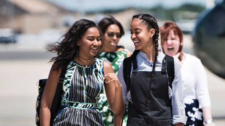 Sasha Obama and Malia Obama