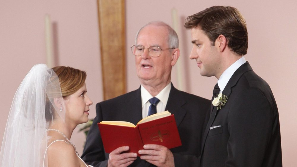 Jim and Pam's romantic wedding on The Office