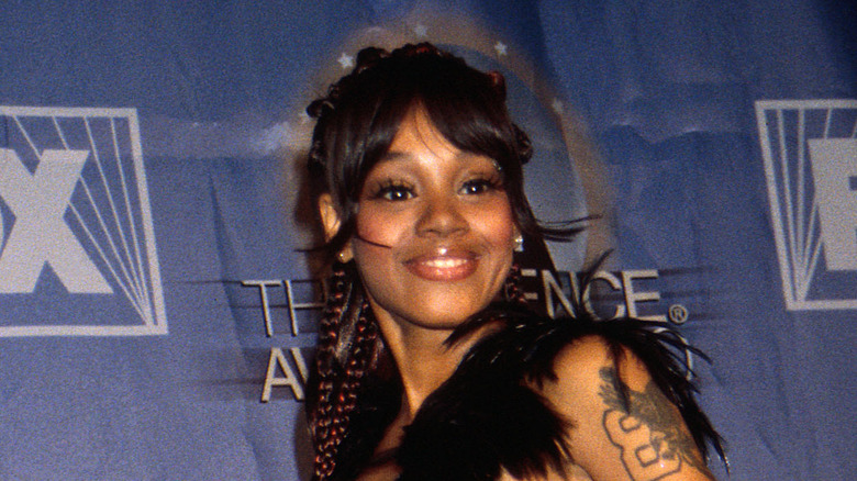 Lisa left eye lopes as a little girl pic 942