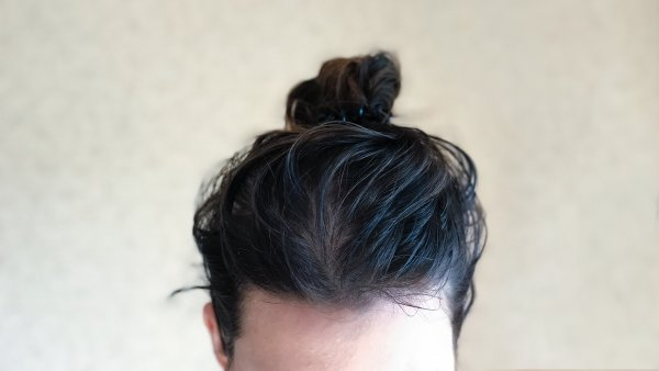 This is what happens when you stop washing your hair