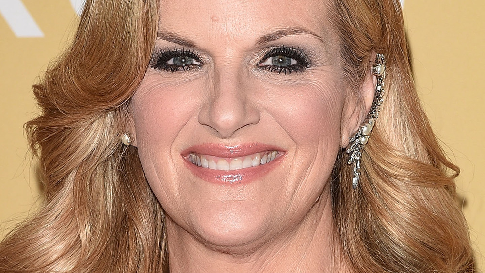 Trisha Yearwood smiling at event