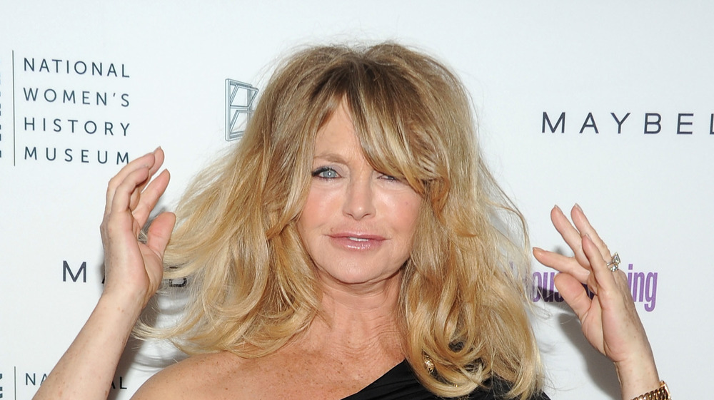 Goldie Hawn's famous curtain bangs