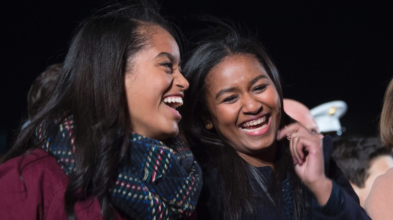 a74eeb9af04 Ways the Obama sisters  lives will never be  normal