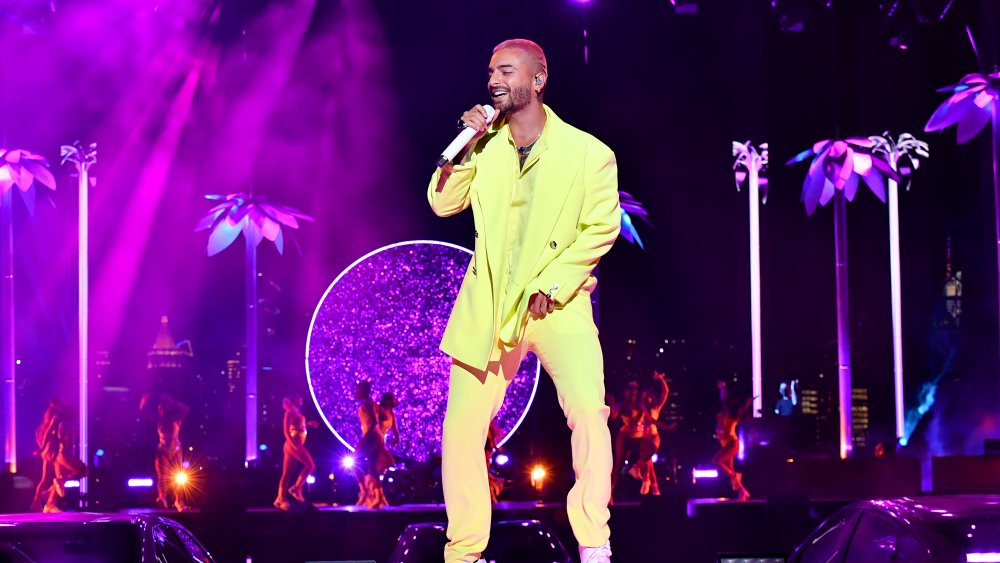 Maluma performs Hawaii at VMAs