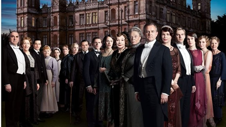 The cast of Downton Abbey posing