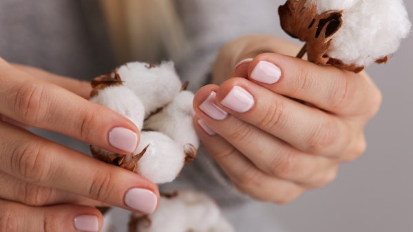 What you should know before getting dip powder nails