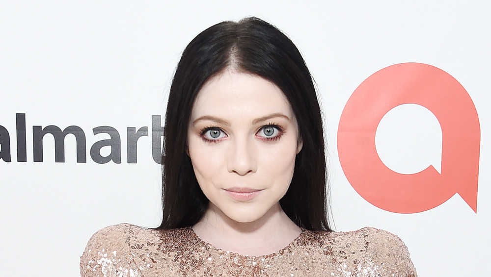 Michelle Trachtenberg on a red carpet
