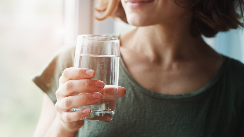 When you drink water every day, this is what happens