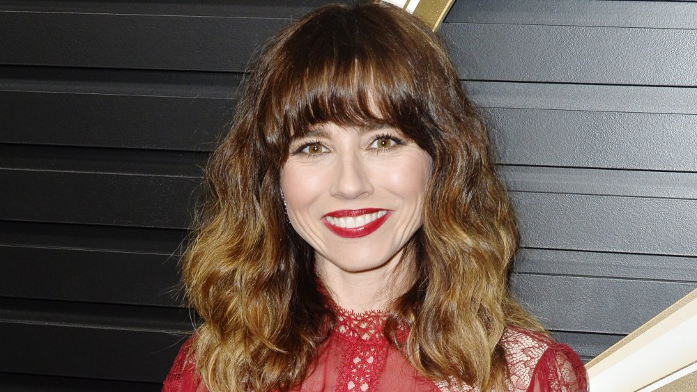 Linda Cardellini, who plays Judy from Dead to Me
